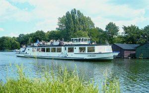 Die MS Loreley der Plauer Fahrgastschifffahrt Salewski